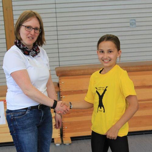 Handstand-Cup-Siegerin Lena Streit (RMSV Orsingen)